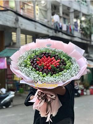 Bó hoa dâu tây kết hợp nho cherry - BCR1