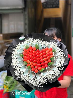 Hoa dâu tây trái tim