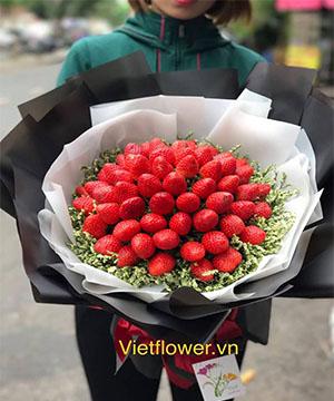 Bó hoa dâu tây V025