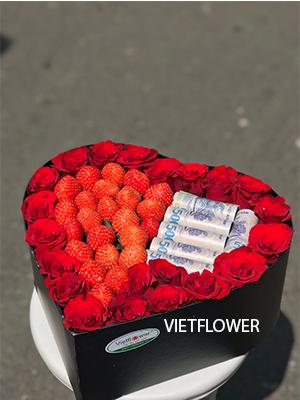 Hộp hoa dâu tây trái tim -DTT15
