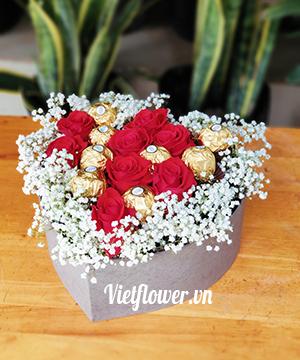 Hộp hoa hồng socola SCL027